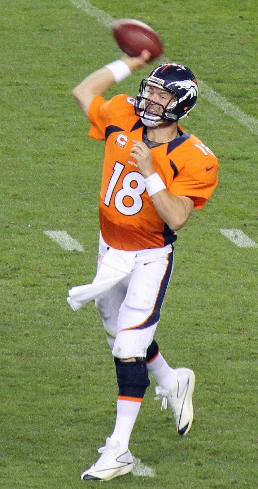 doug-macfaddin-Peyton_Manning_throwing